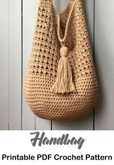 Bag Crochet Patterns – Make a Purse - A More Crafty Life - tote Crochet Hobo Bag, Crochet Market Bag, Crochet Handbags, Diy Crochet And Knitting, Crochet Videos, Crochet Hooks, Bag Pattern Free, Tote Pattern, Hobo Bag Patterns