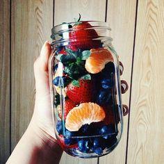 Imagem de fruit, food, and healthy I Love Food, Good Food, Yummy Food, Tasty, Healthy Snacks, Healthy Eating, Healthy Recipes, Tumblr Food, Junk Food