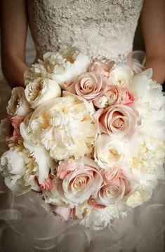 #pinkwedding #pink #flowers #weddinginspiration #flowerinspiration #floratechnics #weddingday ℓυηα мι αηgєℓ ♡