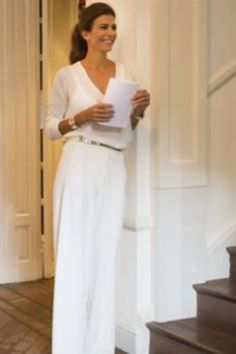 Juliana Awada Gown Suit, Girl Fashion, Womens Fashion, White Style, Summer Looks, Outfit Of The Day, Winter Outfits, Evening Dresses, Your Style