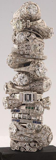 Here Bling! There Bling! Everywhere Bling Bling. Bling Bling, Antique Diamond Rings, Antique Engagement Rings, Oval Diamond, Antique Gold, Antique Wedding Rings, Wedding Vintage, Ring Set, Ring Verlobung
