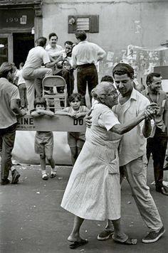 Orgullosos de su ascendencia latina: «New York (1967). Imagen en la lente de James Jowers».
