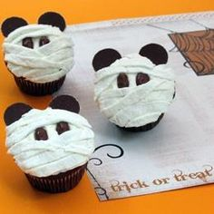 Mickey Mummy Cupcakes http://www.partysupplies...