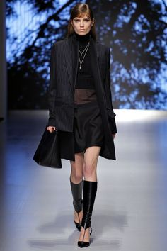 As you know, I love a well-tailored coat and this one (these ones?) from Salvatore Ferragamo Fall 2013 are gorgeous!