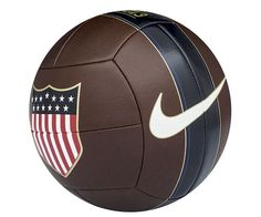 Nike US Prestige Football (Soccer Ball) - EU Kicks: Sneaker Magazine Soccer Gear, Us Soccer, Football Gear, Football Design, Play Soccer, Soccer Players, Soccer Ball, Soccer Store, Professional Soccer