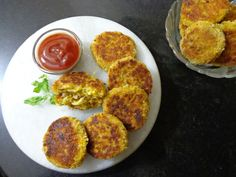 Easy Noodle cutlet for snacks and starters. Vegan and quick recipe for Kids breakfast Quick Meals For Kids, Easy Snacks For Kids, Quick Snacks, Kids Meals, Easy Meals, Snacks Recipes, Quick Recipes, Baby Food Recipes, Indian Snacks