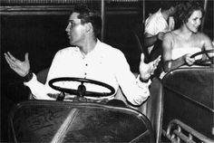 Elvis with friends at the Fairground ( Memphis ) july 11  1960.