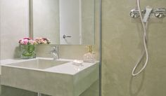 Microcemento   Cemento Alisado: baños Bathtub, Bathroom, Garage, Home, Woodworking Projects, Houses, Bathroom Furniture, Standing Bath, Washroom