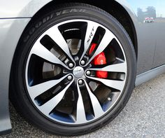 2012-dodge-charger-srt8-wheel-tire.jpg (585×489)