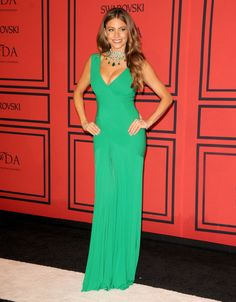 Sofia Vergara = BOMBSHELL! I adore this dress!!!