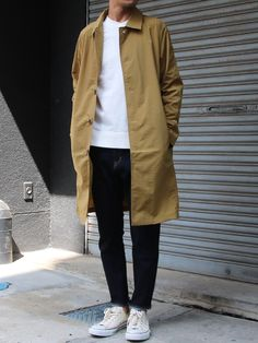 Look Street Style, Street Style Summer, Military Outfits, Men Street, Conception, Men Looks, Parka, Duster Coat, Raincoat