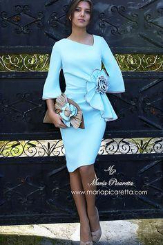 Vestidos de Cóctel Mom Dress, Peplum Dress, Dress Up, Flowery Dresses, Pretty Dresses, Modest Fashion Hijab, Fashion Dresses, Fall Dresses, Casual Dresses