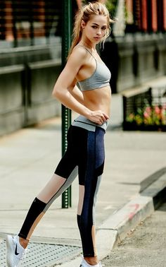 Fitness Apparel - Want A Healthier Tomorrow? Try These Tips From The Fitness Experts! *** You can get additional details at the image link. Style Fitness, Moda Fitness, Fitness Fashion, Fitness Diet, Fitness Wear, Fitness Outfits, Sport Look, Sport Model, Sport Outfits