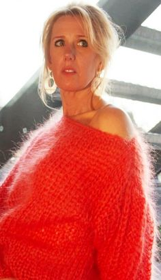 Gros Pull Mohair, Angora Sweater, Braids For Black Hair, Jumpers, Cashmere, Girls, Red, Sweaters, Dresses