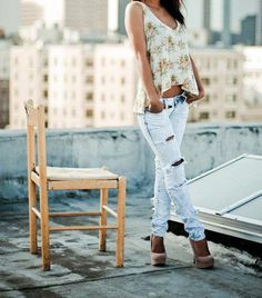 Love this outfit and the Idea of being at the top of a building