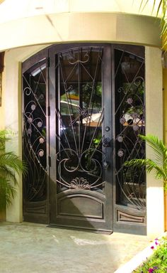 Cantera Doors provides hand-forged custom-made iron staircase \u0026 balcony railings for your home in Texas \u0026 Florida. Call us at (877) 393-6677. & Cantera Doors provides hand-forged custom-made iron staircase ... Pezcame.Com