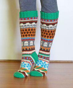 Green Socks, Knitting Socks, Mittens, Knit Crochet, Women Accessories, Winter Green, Slippers, Legs, Sewing