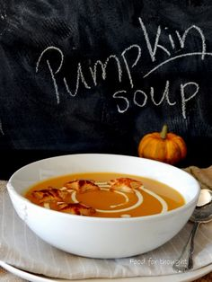 Pumpkin Soup, Food For Thought, Thai Red Curry, Chili, Ethnic Recipes, Butternut Squash Soup, Squash Soup, Chile, Chilis