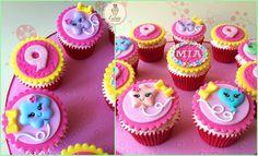Cutsie Cupcakes - Kawaii Balloon Cupcakes with plenty of bows, glitter and flowers! #cutsiecupcakes #kawaii #cupcakes