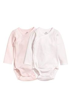 9d61fe3f9 Check this out! BABY EXCLUSIVE CONSCIOUS. Set with a top and pants ...
