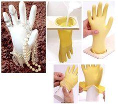 Schmuckhand aus Gips