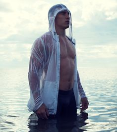 Brendan Gallagher -The Beauty of Sport - go to site for more pics and video Stars Hockey, Hockey Teams, Montreal Canadiens, Beautiful Boys, Beautiful People, Nhl News, Skater Boys, Muscular Men, Shirtless Men