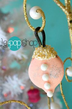 Le Pop, Macaron Cake, Macaroons, Spring 2014, Cake Pops, Retail, Seasons, Christmas Ornaments, Holiday Decor