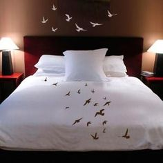 Beautiful #bird #bedding and wall decor