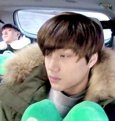 Kai your so cute♥ look at tao in the background XD but still cute Kpop Exo, Kaisoo, Exo Kai, Exo Chanyeol, Kyungsoo, Sleeping Panda, Korean Entertainment, Kim Jong In, Beautiful Boys