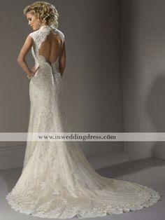 Slim Lace Bridal Gown With Keyhole Back De392