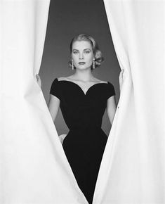 Grace Kelly, 1955, Photographer: Howell Conant