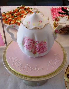 Teapot Cake Teapot Cake, Teapot Design, Cupcake Cookies, Cupcakes, Tea Cakes, Fondant Cakes, Party Cakes, Tea Party, Cake Decorating