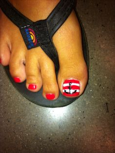 Too cute! Classic anchor design on red and white striped toe