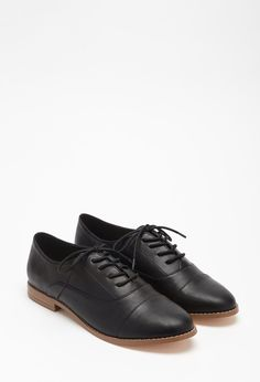 Classic Faux Leather Oxfords | Forever 21 - 2000113445