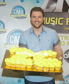 chris young cake Chris Young Music, Happy 26th Birthday, Cma Music Festival, Alan Young, Music Lovers, Future Husband, Country Music, Fangirl, Handsome