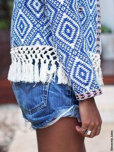 Street style short jean/ veste à franges