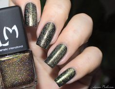LMcosmetic - Charme G #lizananails #black #shimmer #glitter #polish #nailart #nails - Bellashoot.com