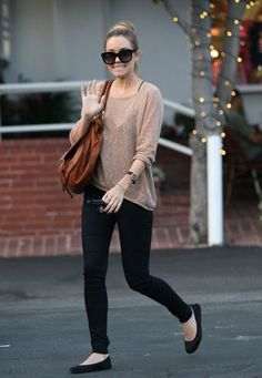 Lauren conrad. her outfits are so cute!