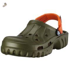 32e0d23779cb09 11 Best Crocs under  20 images