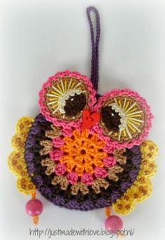 #crochet      ♪ ♪ ... #inspiration_crochet #diy GB http://www.pinterest.com/gigibrazil/boards/