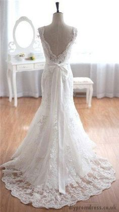 BEAUTIFUL! This is perfect. Except perhaps the back shouldn't drape quite so low.