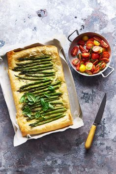 Asparagus Ricotta Filo Tart - The White Ramekins Low Carb Vegetarian Recipes, Cooking Recipes, Asparagus Tart, Savory Tart, Quiche Recipes, Easy Salads, Light Recipes, Tray Bakes, Ricotta