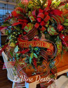 Christmas Wreaths Portfolio - Professional Wreath Designs Christmas Table Centerpieces, Gold Christmas Decorations, Christmas Swags, Prim Christmas, Christmas Ribbon, Holiday Wreaths, Christmas Ideas, Winter Wreaths, Outdoor Decorations