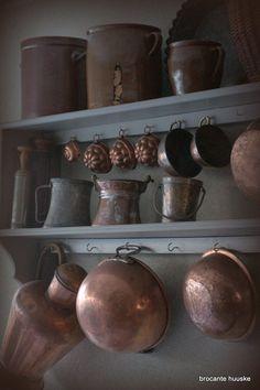 copper pots Kom Achterom by diann