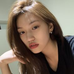 Image shared by fran. Find images and videos about beautiful, ioi and weki meki on We Heart It - the app to get lost in what you love. Kpop Girl Groups, Kpop Girls, Kim Doyeon, Ulzzang Korean Girl, Cute Girl Face, Soyeon, Girl Crushes, Pretty People, Asian Girl