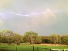 Not something you see everyday: lightning and a rainbow.-Amazing aspects of the world