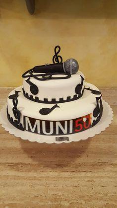 torta con microfono