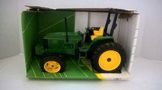 ERTL JOHN DEERE 6200 MFWD TRACTOR 1/16th - New in Box  (59) #ERTL #JohnDeere