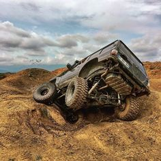 "Best Off-Roaders That Men Should Have ""Where we're going, we don't need roads; these ten are capable on just about any surface""Where we're going, we don't need roads; these ten are capable on just about any surface Burn out! Best 4x4 Cars, Nissan Patrol Y61, South Africa Tours, Patrol Gr, Nissan 4x4, Off Road Camping, Mekka, Off Road Adventure, Amazing Race"