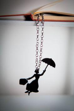 Mary poppins' chain